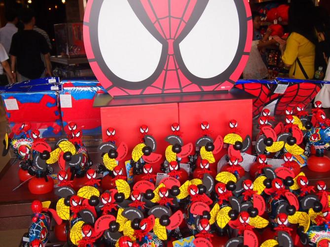 【USJ】スパイダーマンのお土産グッズ30選!Tシャツ・パンツなどの値段&写真