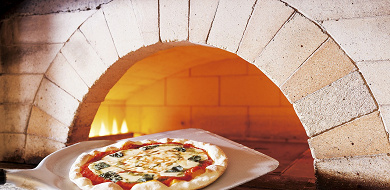 【完全網羅】ディズニーランド&シーのピザを食べつくそう!アツアツピザ全品紹介