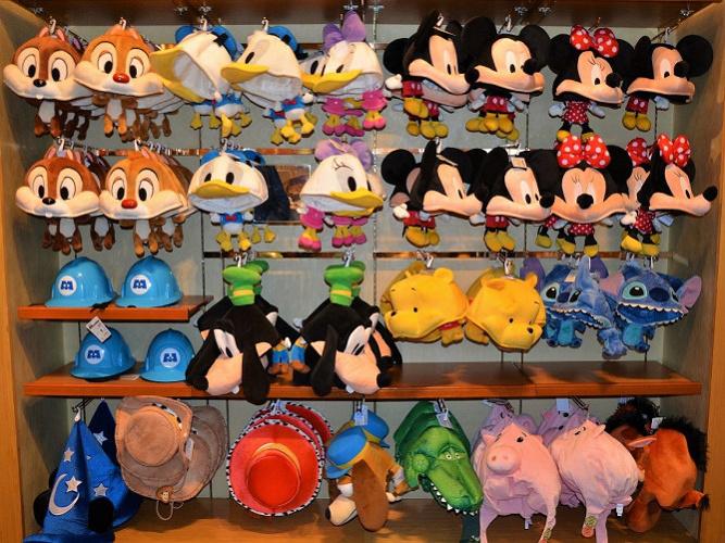 ディズニーで買える帽子10選!取扱いショップも