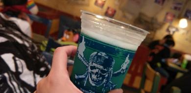 【2020】ディズニーのお酒を楽しむ方法!お酒&おつまみの種類まとめ!おすすめスポットも!