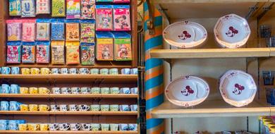 【2019】ディズニーおすすめグッズ&お菓子26選!Tシャツ&カチューシャやぬいぐるみまとめ!