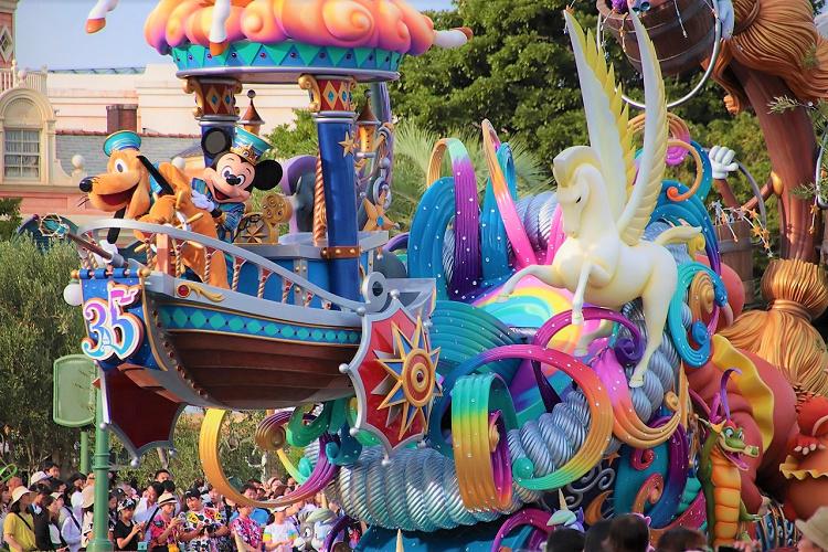 ディズニー歴代のショー&パレードを動画で紹介!思い出が蘇る♡