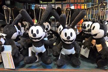 【オズワルド】誕生日は?ディズニーで会える場所&グッズを解説!ミッキーの原点