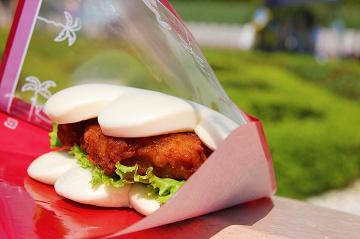 【2020】ディズニーランドの食事おすすめ28選!食べ歩き・安い・コスパ重視・高級・名物グルメ