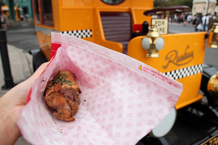 【予算別】ディズニーシーのお肉料理18選! 肉巻きおにぎりはコスパ良し!売り場情報も