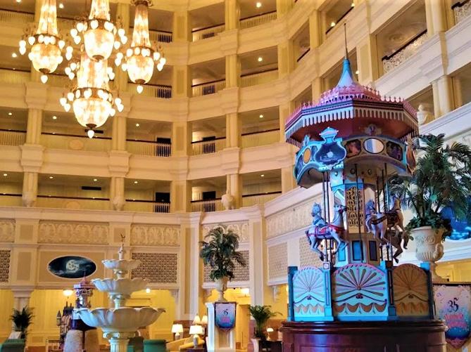 【カンナ】ディズニーランドホテルのレストラン!ランチ・ディナーのメニュー&料金