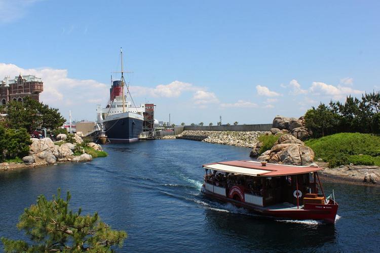 【待ち時間も】トランジットスチーマーライン徹底解説!ルートと運行時間をチェック!ディズニーシーの蒸気船