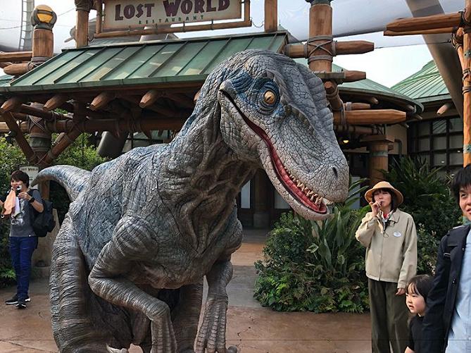 USJで恐竜に会おう!恐竜グリ&ショー「ダイナソー・アメージング・エンカウンター」見どころ解説