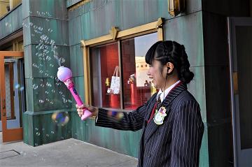 【USJ】シャボン玉マシン「バブルワンド」を紹介!販売場所、種類、値段、使い方まとめ