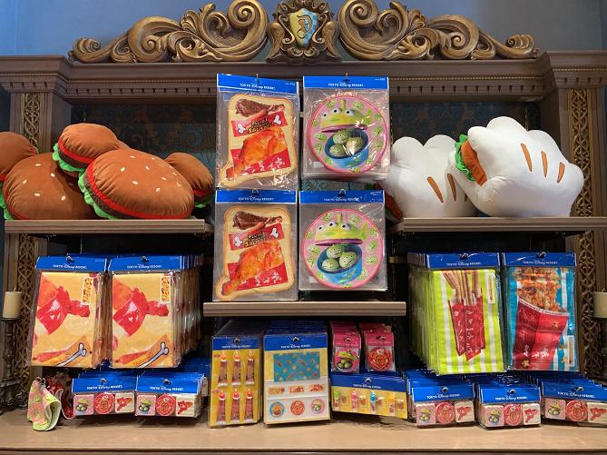 【7/8発売】ディズニーパークフードグッズ16選!ミッキーワッフルやターキーレッグデザインのおしゃれ雑貨!