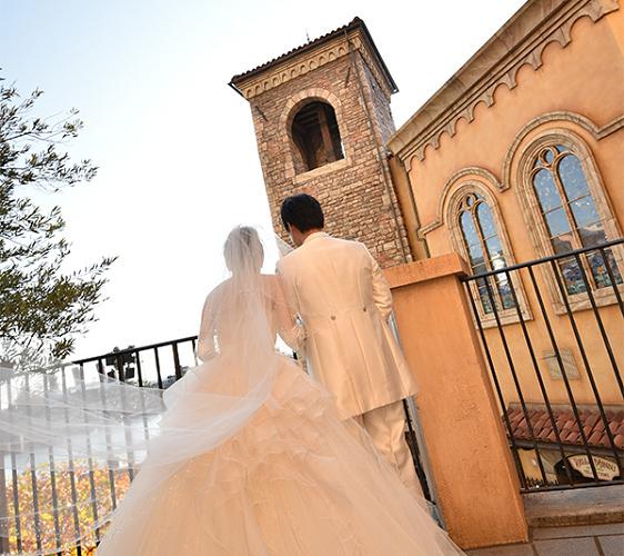 【体験談】憧れのディズニーホテルで結婚式!魅力を徹底解説!キャラクターや特典も!