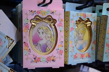 【2019】ディズニーの鏡25選!ディズニーリゾート&ディズニーストアで買えるミラーまとめ!