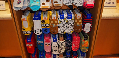 【お土産】ユニバで買える靴下10選!キャラクター靴下の種類、サイズと値段