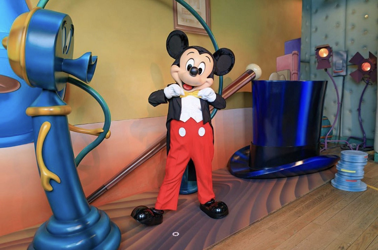 【コロナ後】ミッキーマウスに会うには?パーク再開後のミッキーの家とミート・ミッキー情報まとめ!