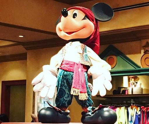フィガロ衣装のミッキー
