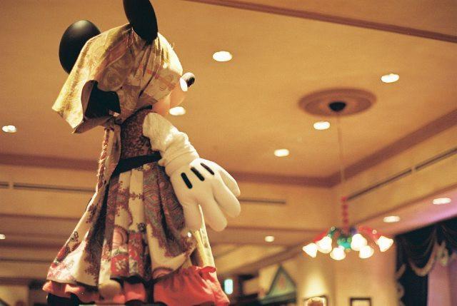 カルメン衣装のミニー