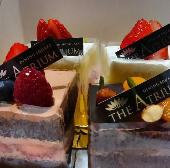 ホテル内で販売されているケーキ