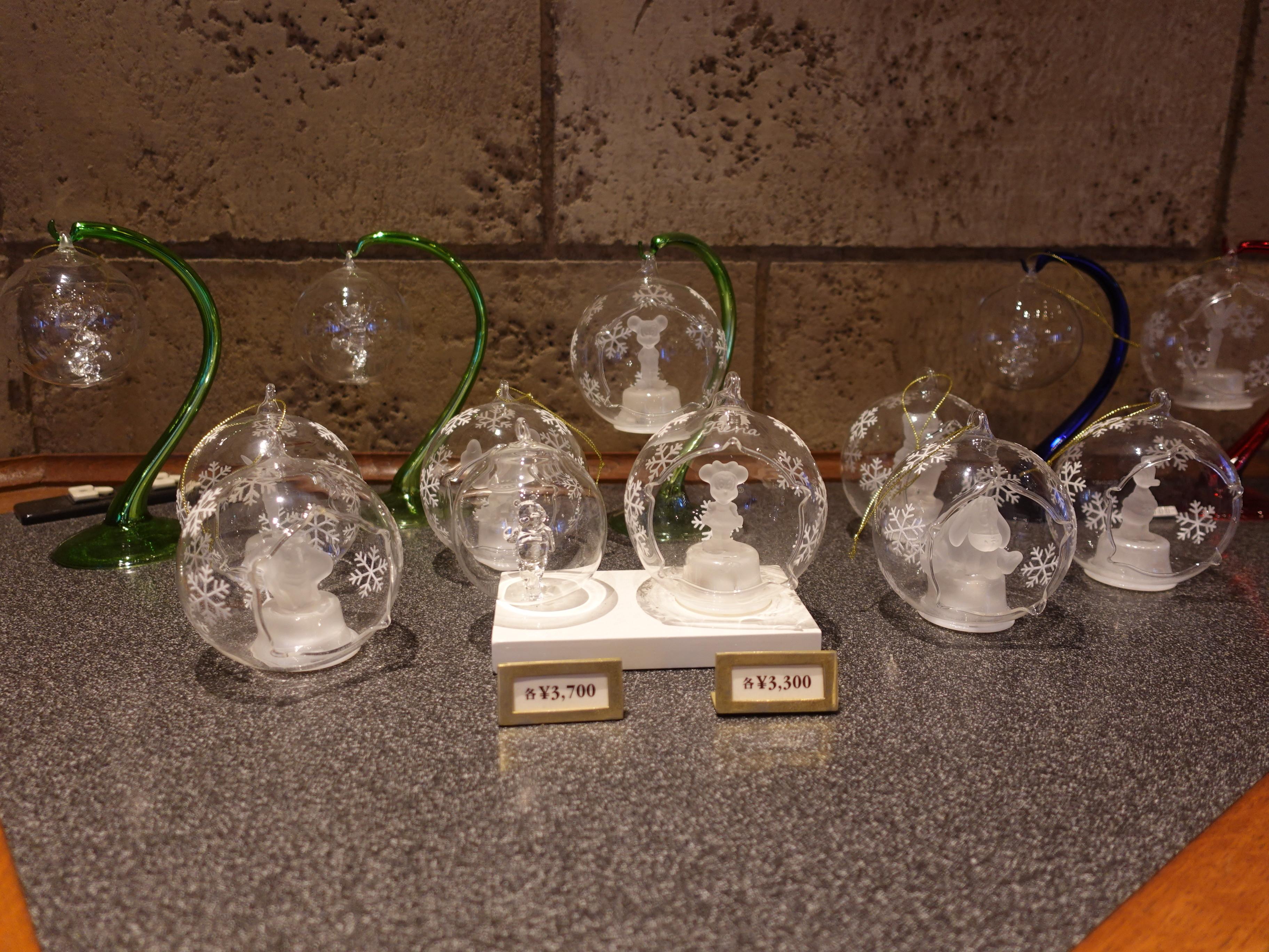 ミッキー&ミニーガラスのドーム型オブジェ