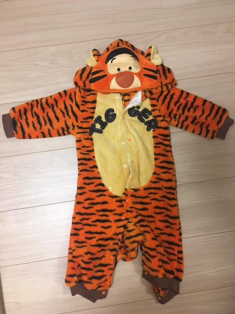 防寒対策にもなるティガーの着ぐるみ(子供用)