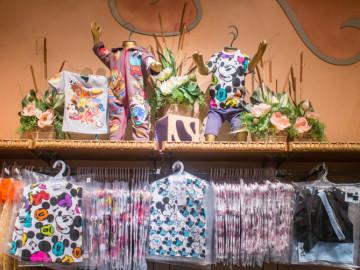 ディズニーで揃えよう♪おすすめのかわいいベビー服&用品5選&店舗情報