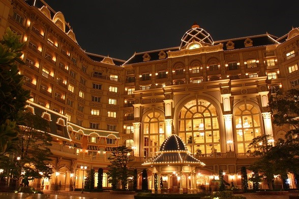 ディズニーホテルとは?特徴やおすすめの部屋、料金や特典を比較解説!