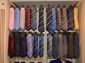 ディズニーランド&シーのネクタイ20種類!彼氏・男性へお土産やクリスマスプレゼントに!