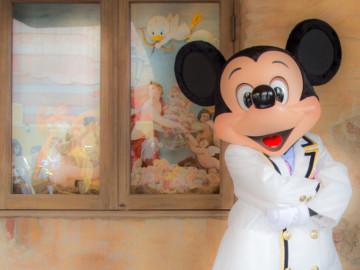 【ミッキーのサイン】ディズニーのサインに必要なもの・場所・もらい方コツまとめ!