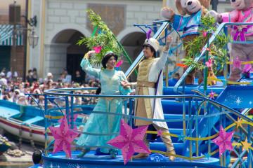 【アラジンと魔法のランプ】アラジンの原作!あらすじ&ストーリーをご紹介!ディズニーのアトラクションの背景も
