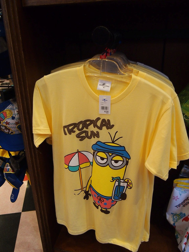 「MINIONS SUMMER」シリーズのケビンTシャツ