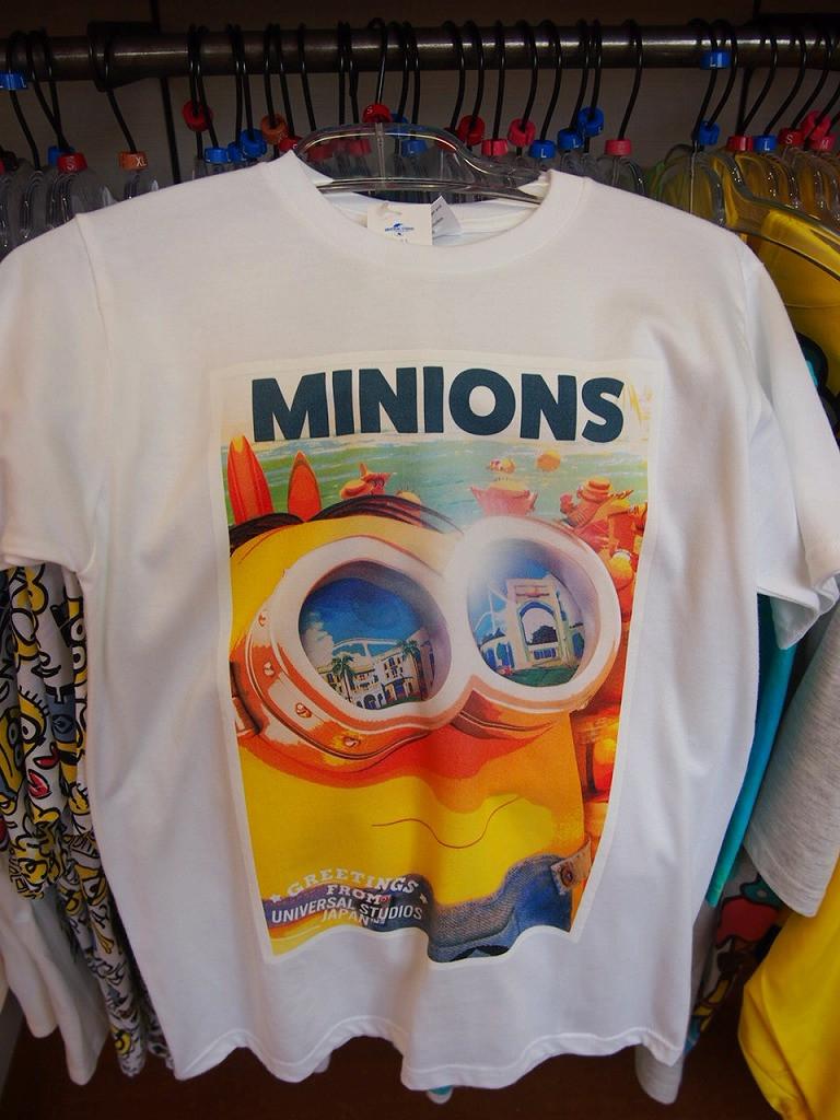 ミニオンのバケーションTシャツ