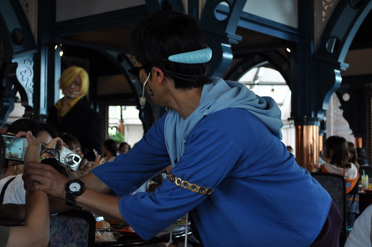 ゲストをフォローし続けるジョニー/サンジの海賊レストラン2019