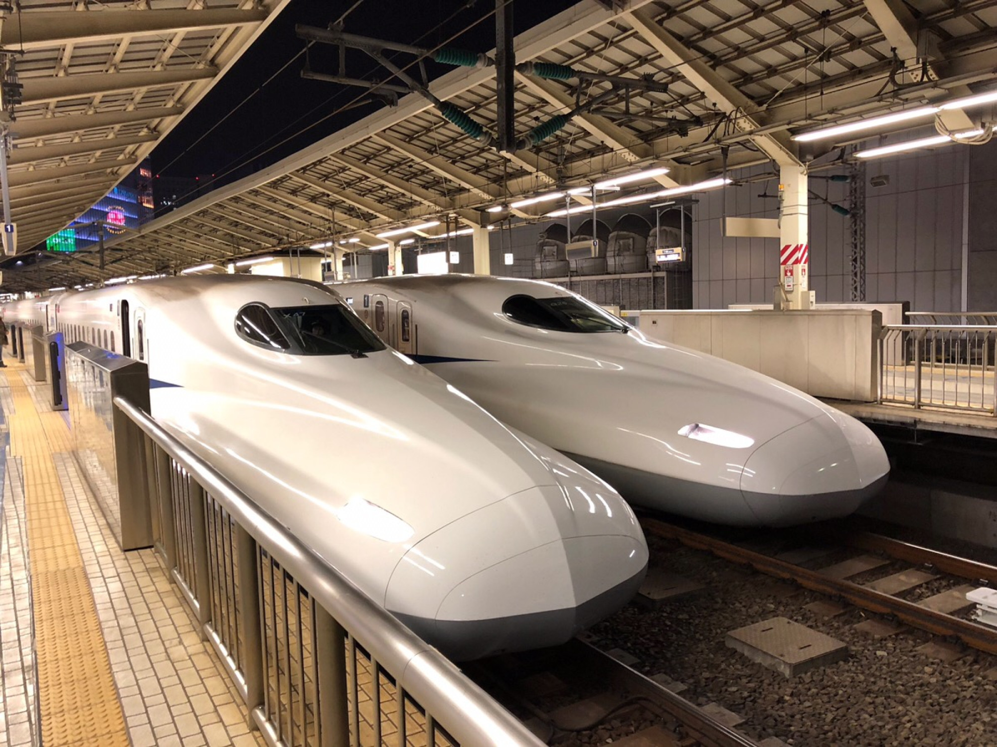 新幹線でUSJへ行こう!