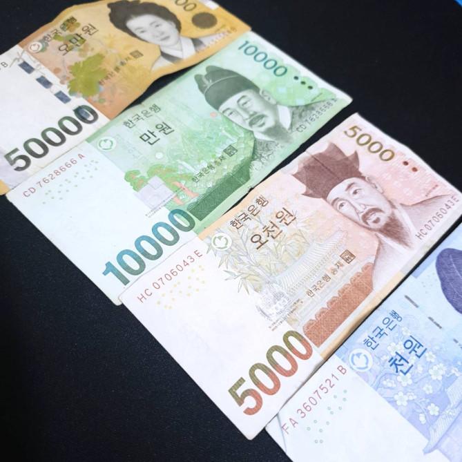 一 万 ウォン は 日本 円 で いくら 10ウォンは日本円でいくらか?100ウォンは何円か?1000ウォンは日本円...