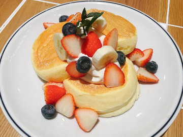 【2020】原宿・表参道のパンケーキカフェ6選!海外発や職人技の大人向けパンケーキも